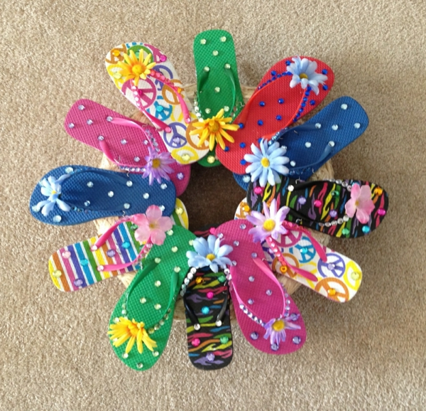 tinker-with-kids-in-summer-colorful-diy-flower - foto tomada desde arriba