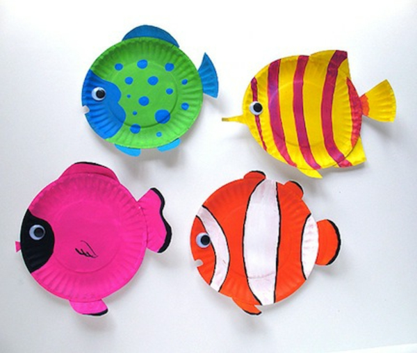 Tinker-with-children-in-summer-colorful-fish-out-paper-white background